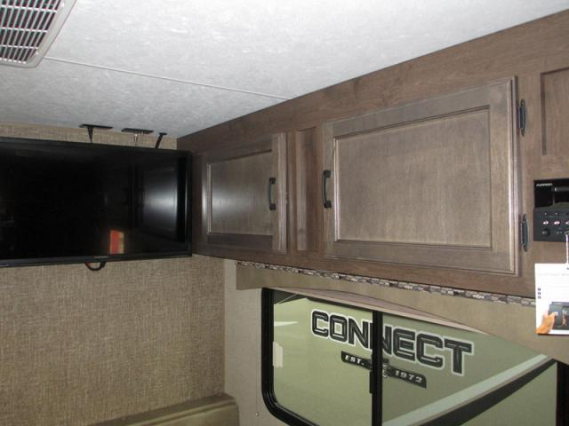 2018-KZ-Connect-221IRK-N18-6867-17410.jpg